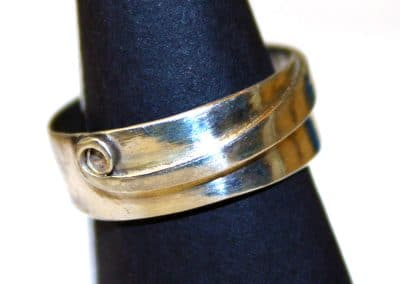 Wrap over ring ú28